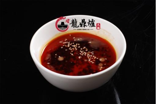 吃龙鼎炉火锅,感受来自巴蜀人民的热情