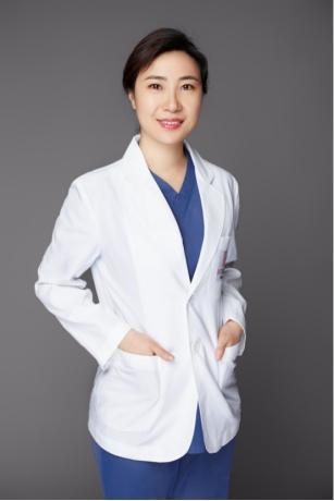 上海薇琳曹芳医生:什么是朝天鼻矫正手术