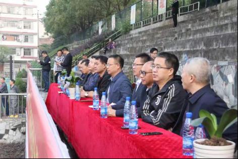 湖南新邵八中举行第二十八届田径运动会暨第五届师生体艺节